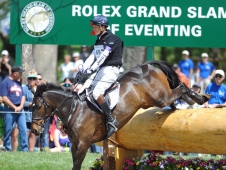 William Fox-Pitt Takes The Rolex Kentucky Lead