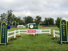 "<a href=""http://www.chronofhorse.com/article/james-c-wofford-walks-rolex-kentucky-cross-country-course"">The Start Box</a>"