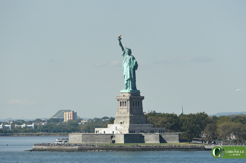 WEB statue of liberty DHS_4711