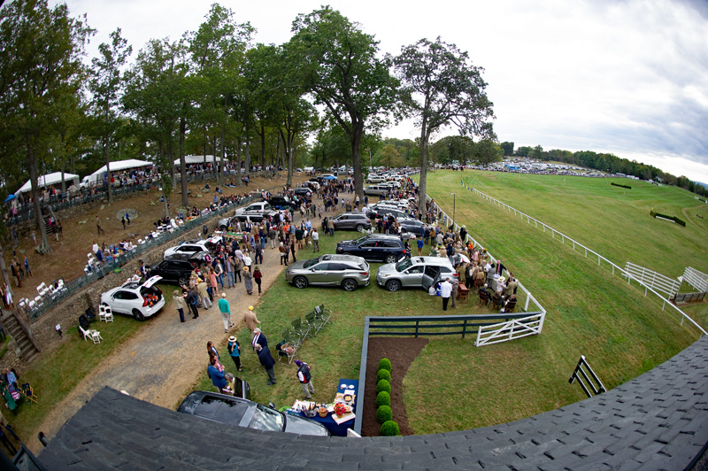 12Big crowd at Glenwood Park watches Virginia Fall Races