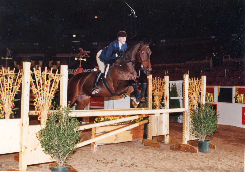 WEB Avery Dimmig winning the Maclay